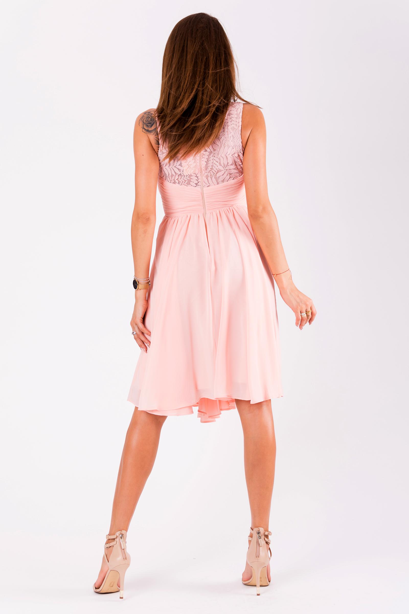 fc4f0c6af738 ... Dámské společenské šaty Louise bez rukávů s krajkou růžová empty