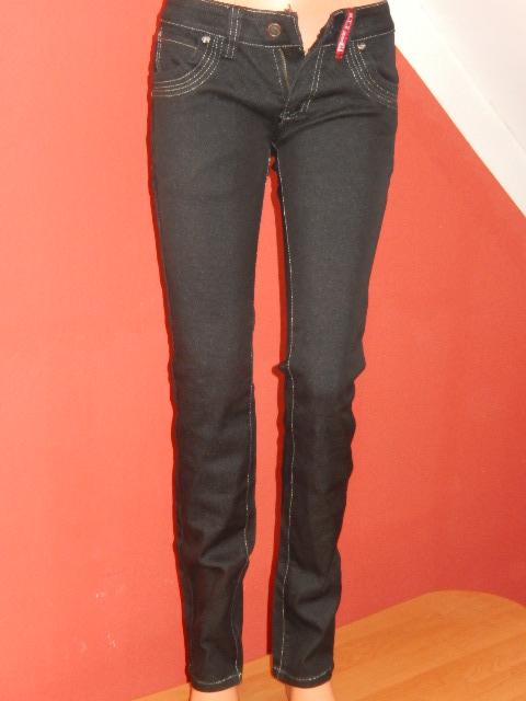 210bcec3ba7c Dámské džíny s prošíváním černé vel. S