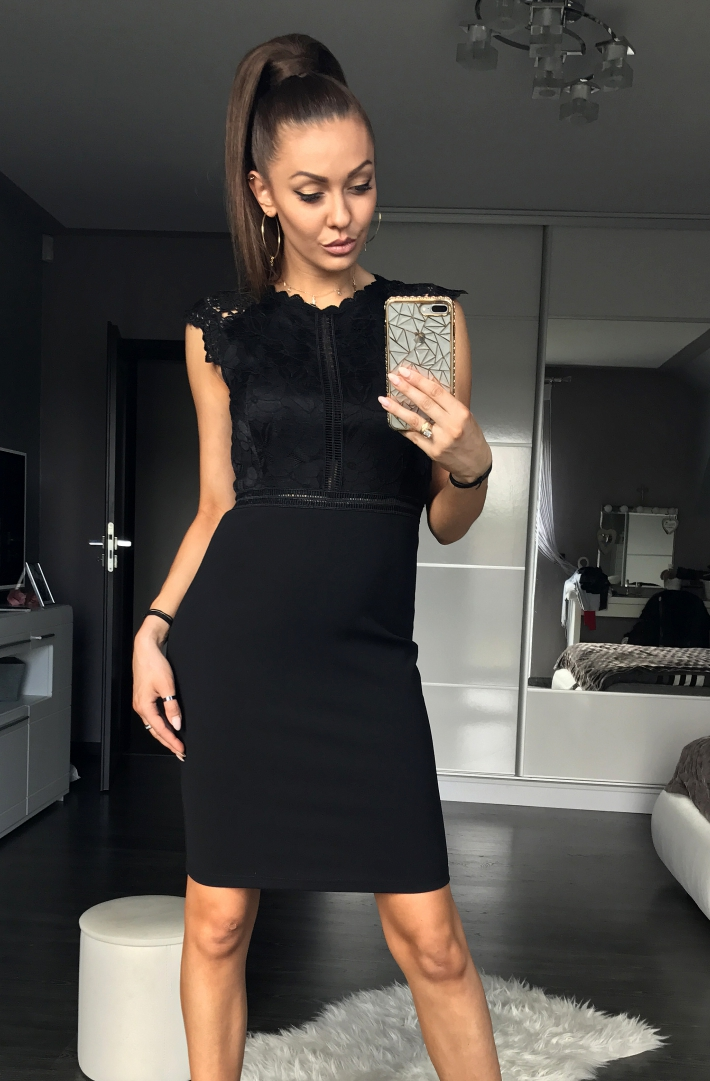 c61992268cd9 Dámské šaty s krajkou EMAMODA černá