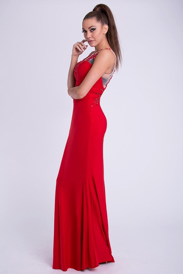 ecd8ed4f2bb Dámské luxusní plesové a společenské šaty s korálky EVA   LOLA 31JS červená