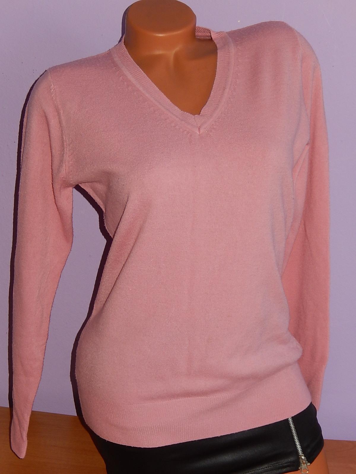 d798456fac0 Dámský růžový svetr vel. L