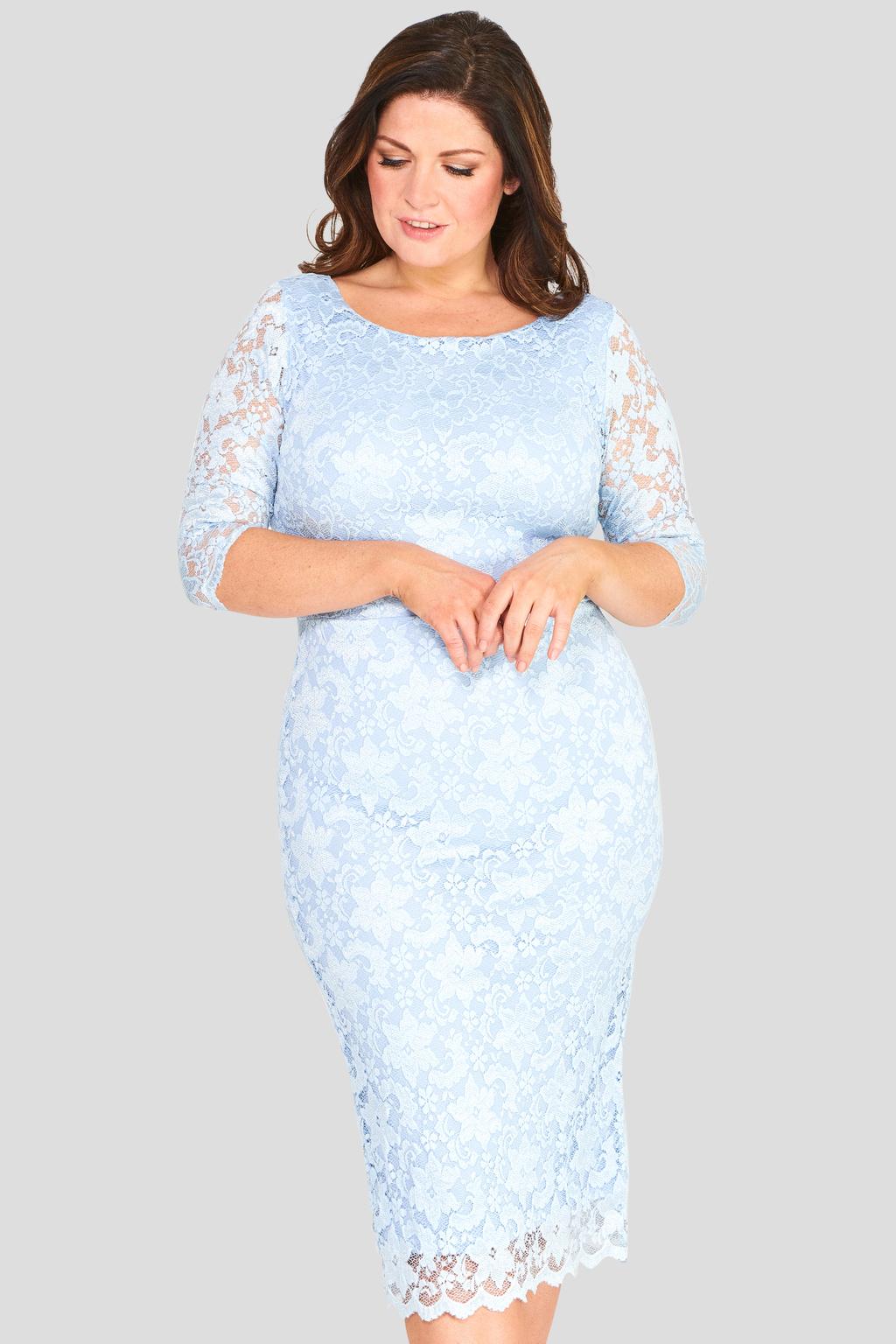 a30714c5b96 Společenské krajkové šaty s 3 4 rukávem modré