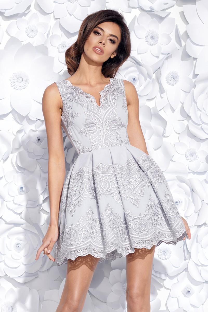 Dámské koktejlové šaty s krajkou šedé b77d58466a