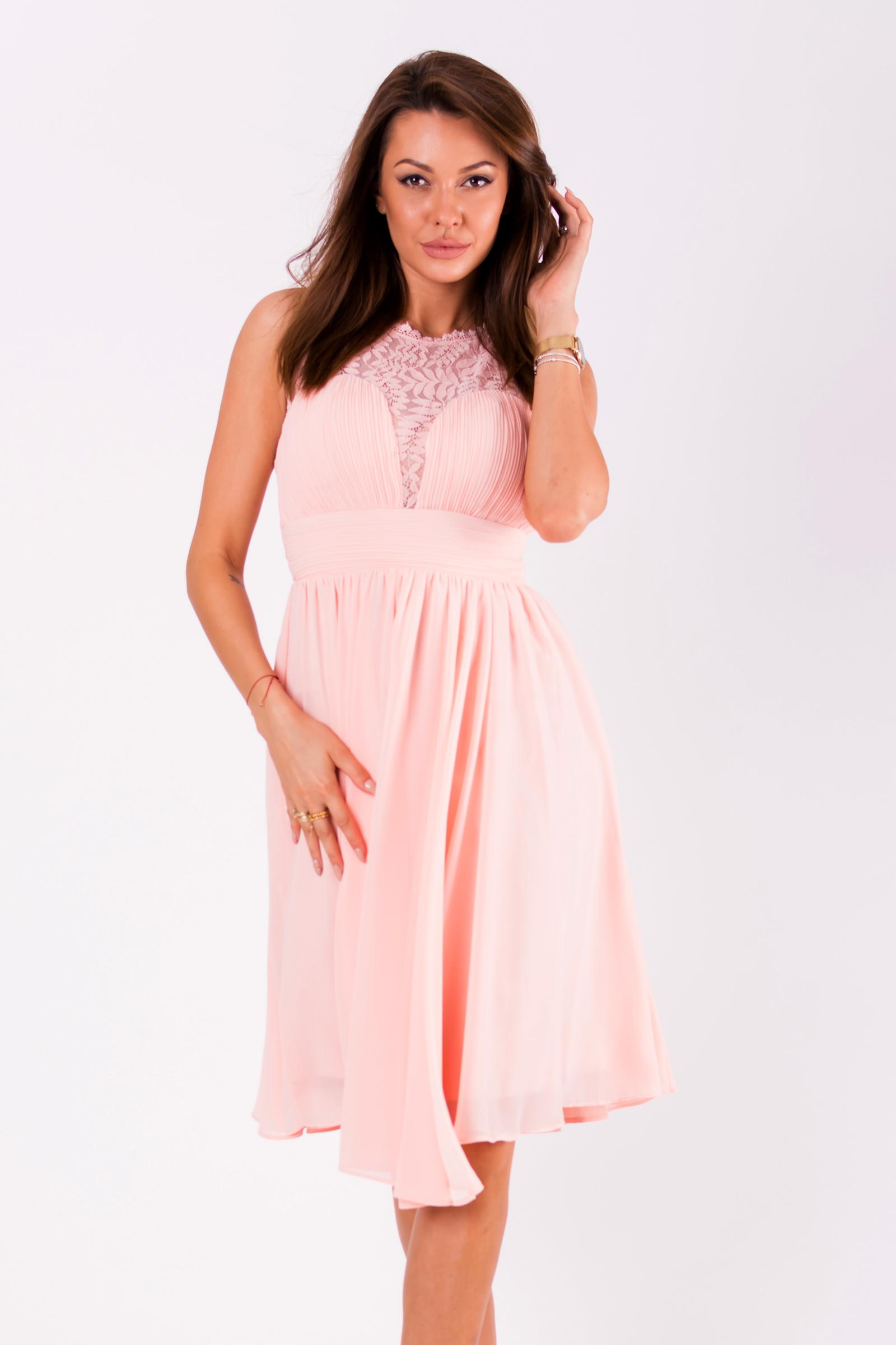 5c671a271cd9 Dámské společenské šaty Louise bez rukávů s krajkou růžová
