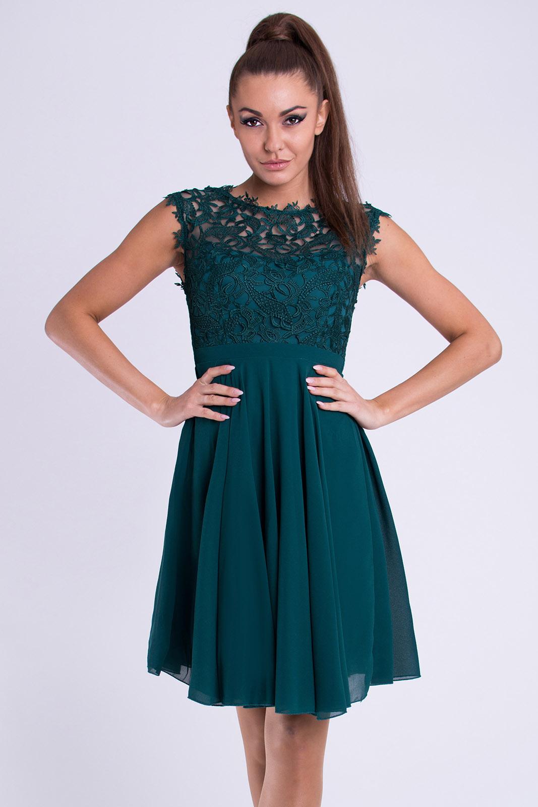 60b45fb5c73 Dámské společenské šaty Maëlys s krajkou