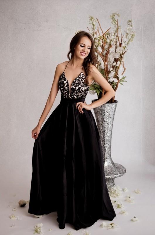 3102dcae8e6 Dámské saténové večerní šaty Celia černá