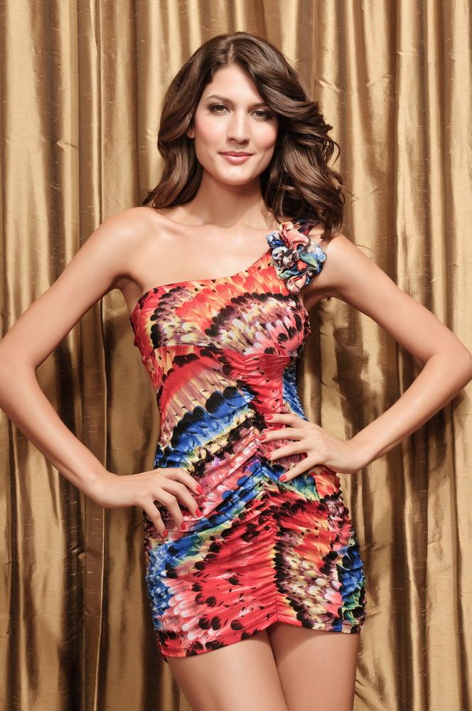 Dámské letní šaty na jedno rameno zdobené řasením (Dámské šaty)