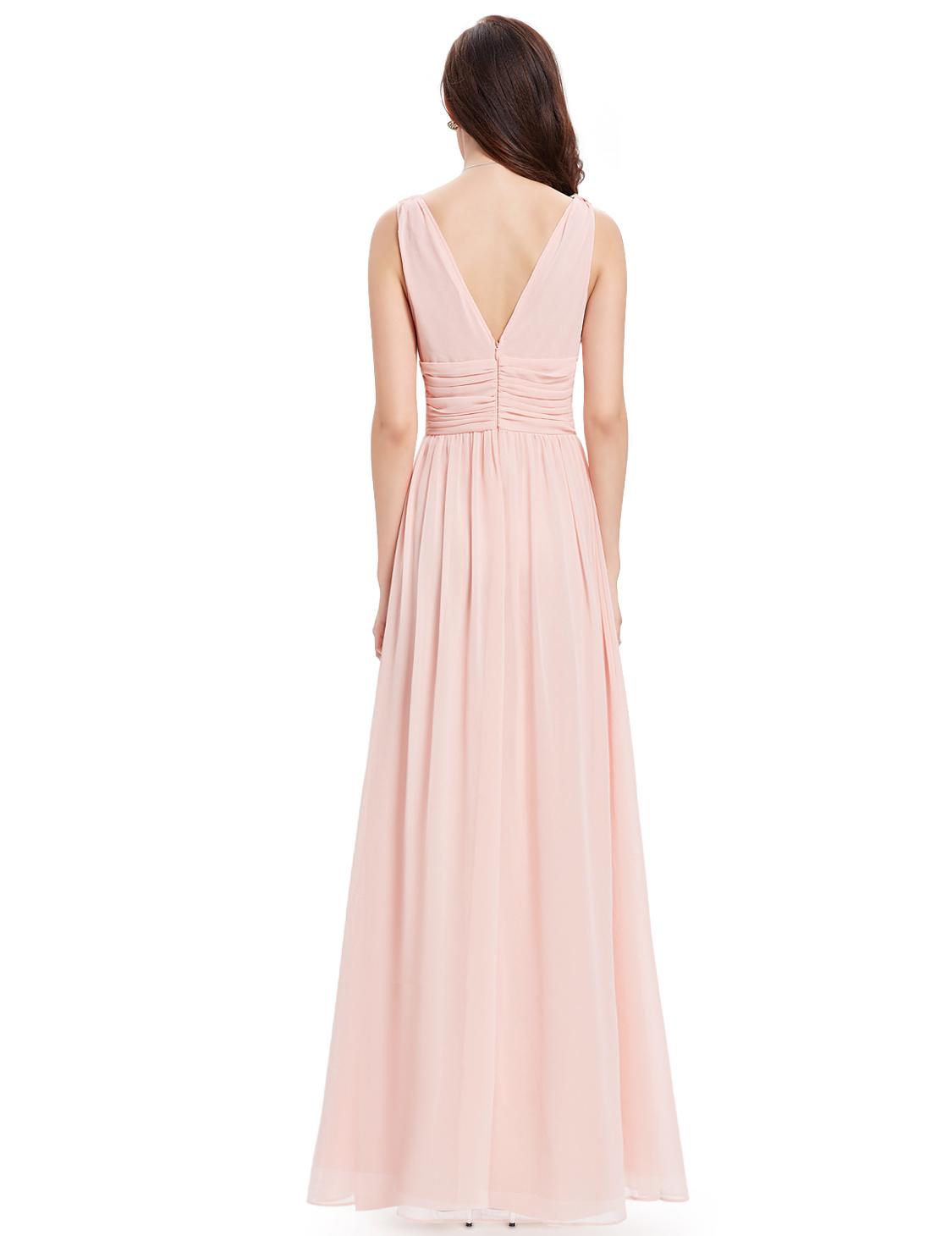 Kompletní specifikace · Související zboží (0) · Parametry. Nádherné dlouhé  společenské šaty ... df5ad9b50c5