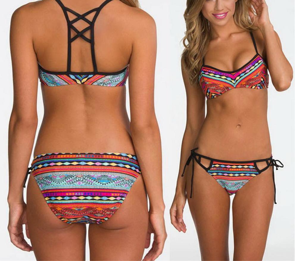 Kompletní specifikace · Související zboží (0). Výrazné dámské plavky bikiny  - aztécký vzor - spodní díl kalhotky. dbc54d7665